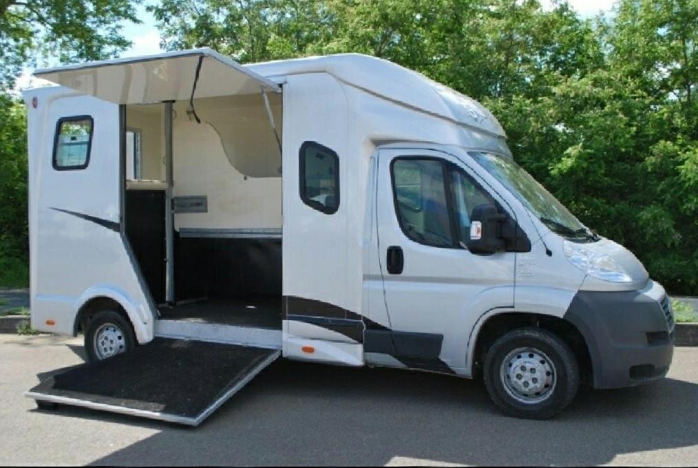 utilitaire fiat plancher cabine l4 d 39 occasion 27400 kilom tres diesel benne plateau. Black Bedroom Furniture Sets. Home Design Ideas