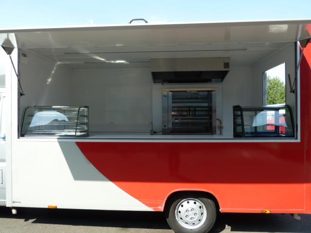 utilitaire fiat ducato d 39 occasion 187 601 kilom tres diesel food truck pas cher avec gruau. Black Bedroom Furniture Sets. Home Design Ideas